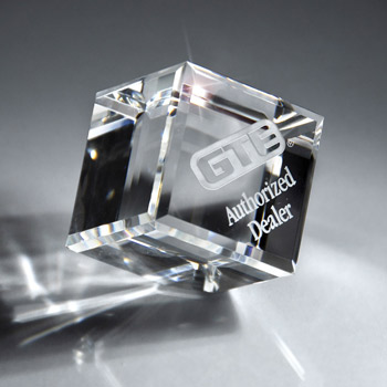 Optic Clear Crystal Cube (sml)
